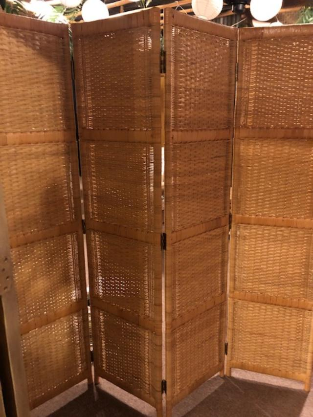 4 PANEL SCREEN $299 THIS ONE ONLY